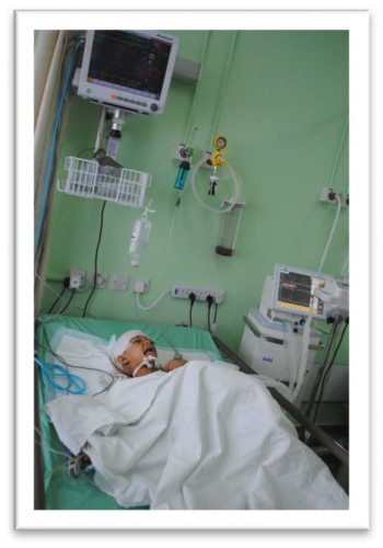 Victim of airstrike treated in ICU in Amman 08/2014