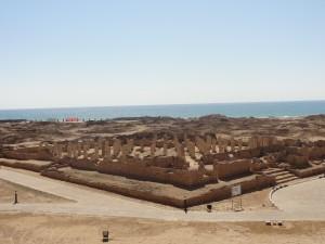 Les vestiges archéologiques du port médiéval de Zafâr. (c) S. Le Maguer