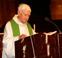 Dom Paul-Irénée Fransen en 2008 (photo tirée du site de la Cathédrale de Strasbourg, sous réserve de droits)