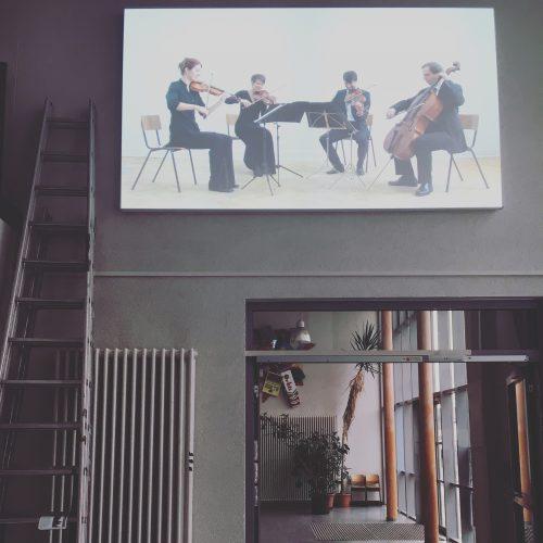 """""""Strings"""" von Annika Kahrs (2010) wird bei """"Besser Scheitern"""" im Sebastian-Münster-Gymnasium gezeigt"""