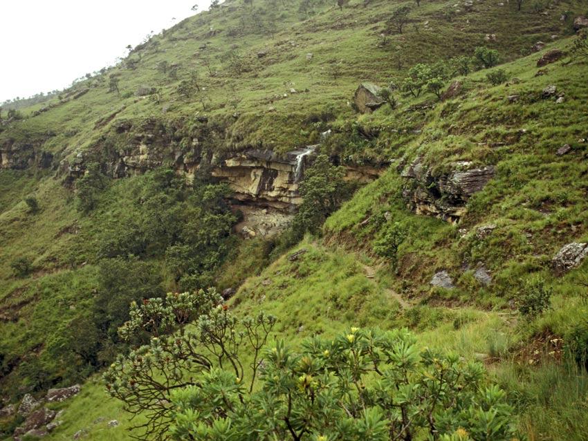 Drakensberg : route vers le site avec peintures rupestres Game Pass. Photo M. Gutierrez