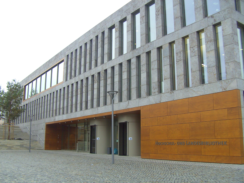 Die neue Hochschul- und Landesbibliothek auf dem Campus der Hochschule Fulda.
