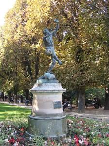 Le faune dansant (1851), bronze, Paris, Jardin du Luxembourg |Foto: Thesupermat | CC BY 3.0