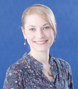 Carola Hommerich ist Wissenschaftliche Mitarbeiterin am DIJ Tokyo. Hier arbeitet sie zu Glück und sozialer Ungleichheit in Japan und erforscht insbesondere die Zusammenhänge von objektiver Prekarität und subjektivem Exklusionsempfinden. Ihre Forschungsinteressen liegen in den Bereichen der umfragegestützten, interkulturell vergleichenden Einstellungs- und Werteforschung sowie der soziologischen Ungleichheitsforschung.