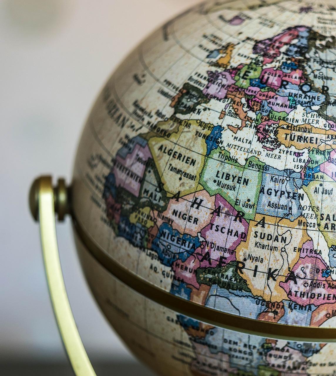 globe-1130840_1280
