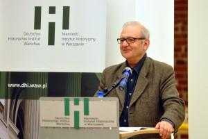 Prof. Dr. Dan Diner bei der Vorstellung der Enzyklopädie jüdischer Geschichte und Kultur.