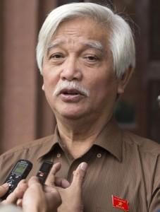 Le député Duong Trung Quoc. Une voix pour représenter les aspirations d'une partie de la population © 2013 V.Dũng