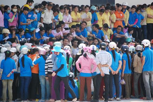 Grève au sein de l'entreprise Rieker Vietnam pour protester contre les mauvaises conditions de travail (avril 2010) © Dien Dan Doanh Nghiep