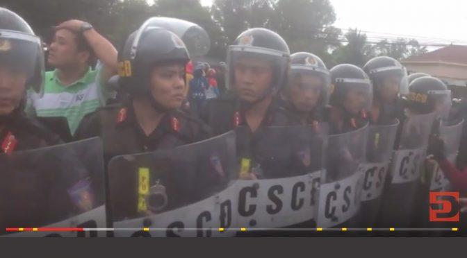 Répression d'une manifestation contre la pollution à Ninh Hòa, province de Khánh Hòa
