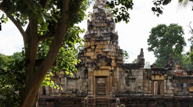 Le passé des Khmers. Langue, textes, rites [parution]