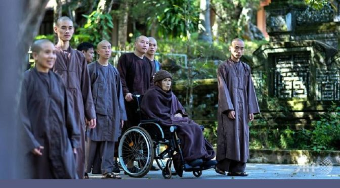 RTSreligion – Un maître zen de retour au Vietnam