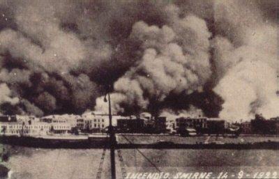 Incendie de Smyrne en 1922 (wikicommons)