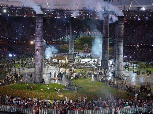 Ouverture des jeux olympiques de Londres en 2012, cliché de Matt Lancashire (Wikimedia Commons)